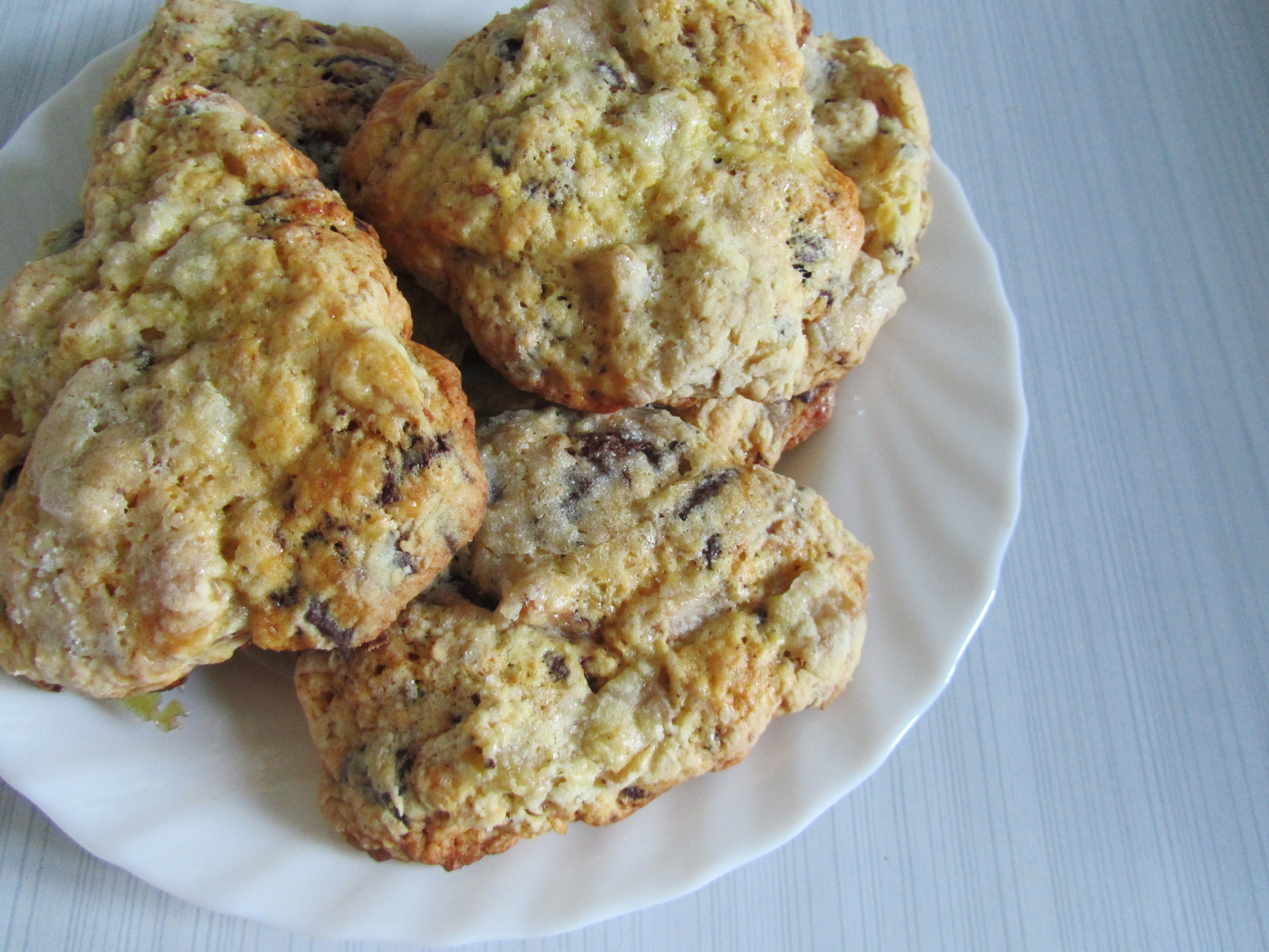 roasted pear & dark chocolate scones   the sprout diaries